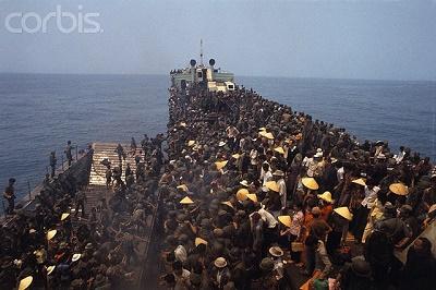 Chiếc xà lan quân vận vùng 1, di tản Quân & Dân chuyến cuối cùng từ Thuận An