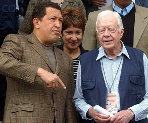 Jimmy Carter va TT HugoChavez, http://weaselzippers.us/2013/03/05/jimmy-carter-mourns-death-of-hugo-chavez-we-hope-venezuelans-mourn-the-passing-of-president-chavez-and-recall-his-positive-legacies/