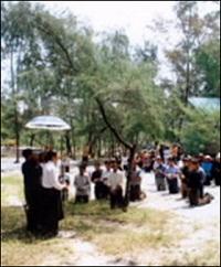 giáo dân chiếm đất cầu nguyện ở An Bằng