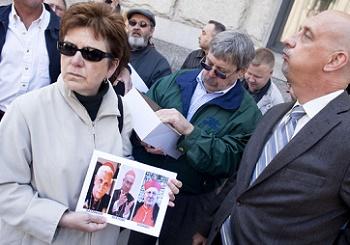 Vụ kiện chống lại Vatican trong vụ án lạm quyền